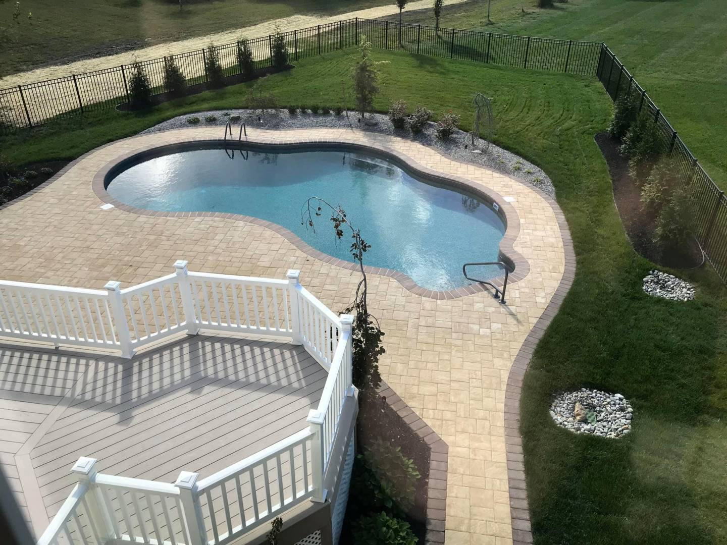 Residential Poolscaping & Pool Patio Design